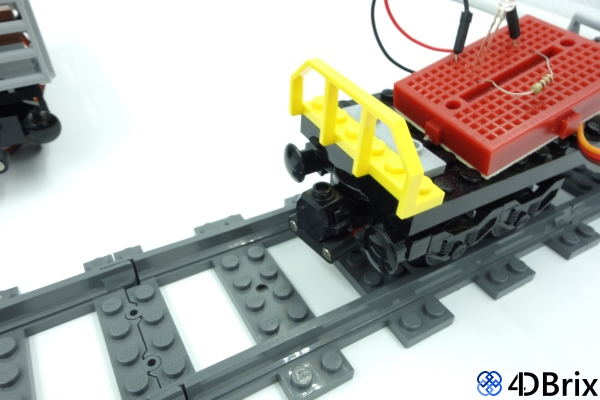 4dbrix-train-power-coupling-1.jpg